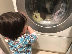 ドラム式洗濯乾燥機と赤ちゃん