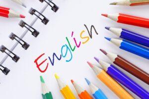 Englishの文字と色鉛筆